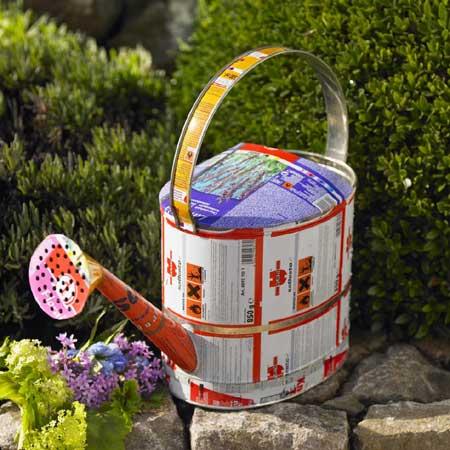 Reciclando latas para decorar el jard n for Accesorios de jardin