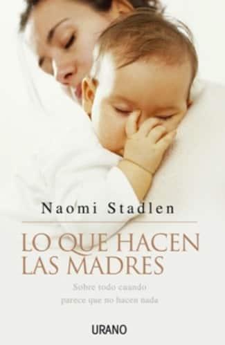 Una madre con su bebé en brazos es la portada de un libro