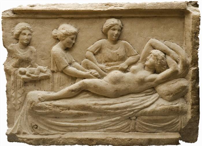 Resultado de imagen para maternidad en la historia